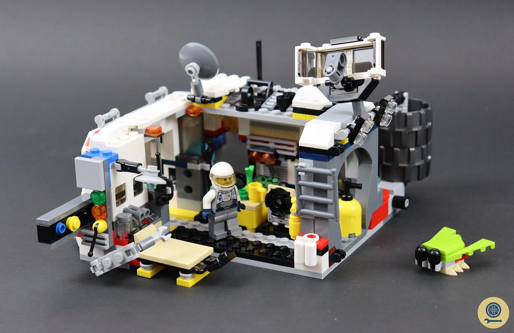 31107 Space Rover Explorer 4