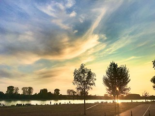 #Mondorf #Sunset #River #Rhein