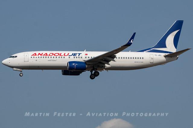 TC-JKU // Anadolu Jet // Boeing 737-8Q8(WL)