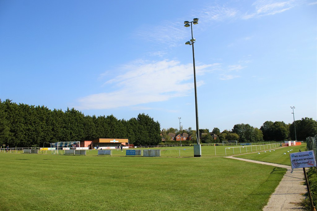 Buckingham Athletic v Holmer Green FAV