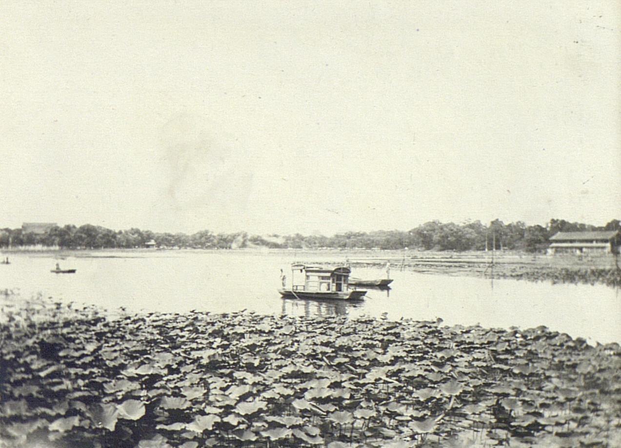 Вид парка Бэйхай (3)
