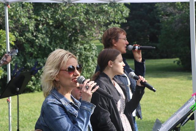 Garden City outdoor worship