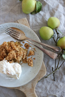 Apple Crumble | by herz-allerliebst