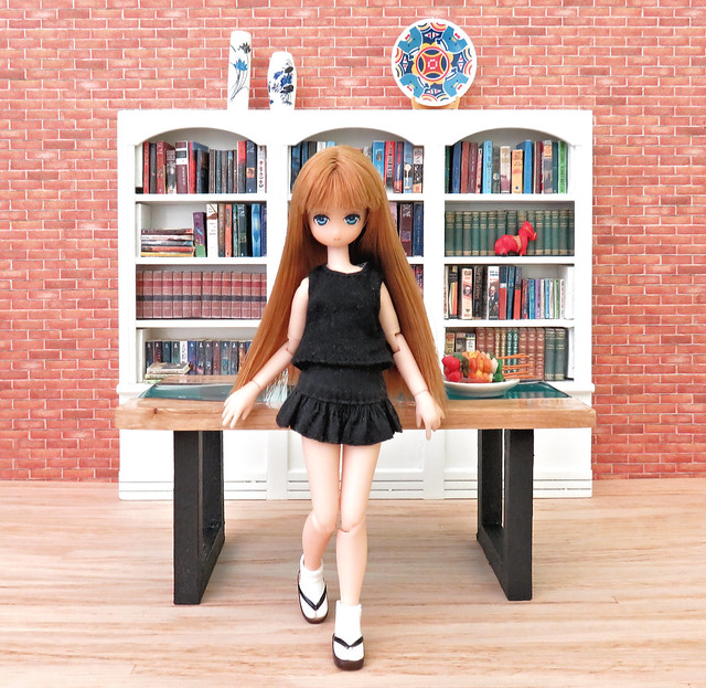 Tiny Lien & the new table