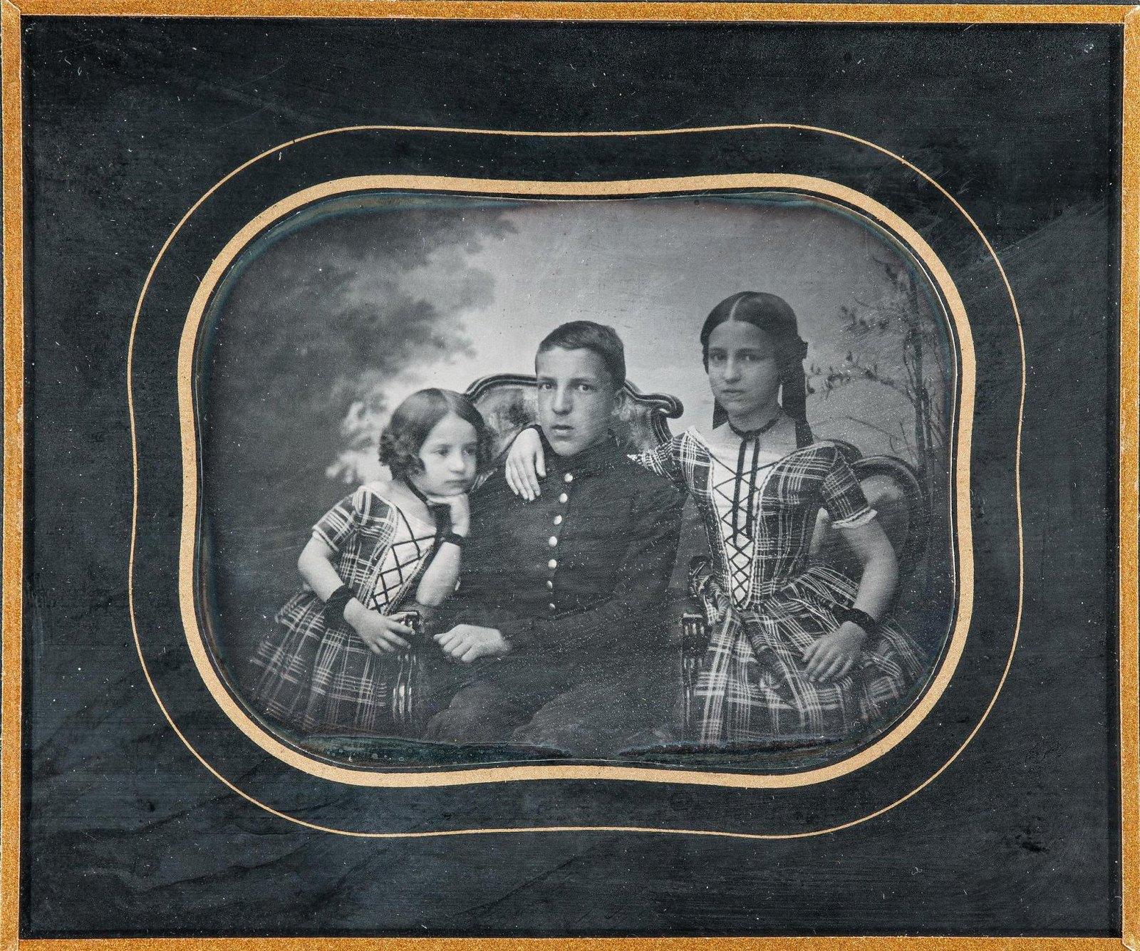 1853. Портрет детей из семьи Рейнгардт