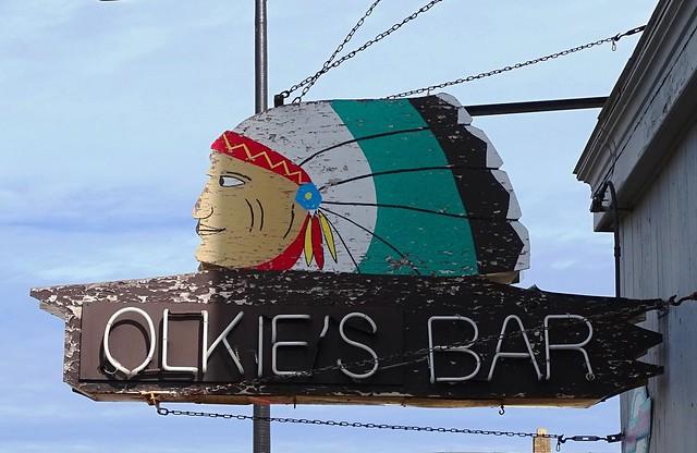 MI, Ironwood-Olkie's Bar Neon Sign