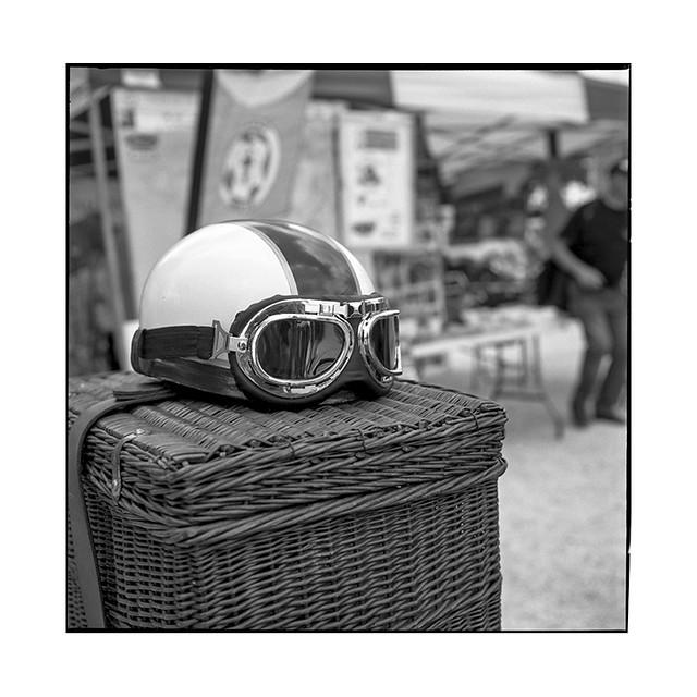 helmet • prenois, burgundy • 2018