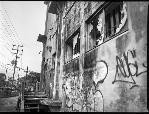 urbandecay urbanlandscape industrialarchitecture graffiti brokenwindows ashevillewastepapercompany asheville northcarolina mamiya645pro mamiyasekkor45mmf28 mamiyaprime 645 mediumformat 120 120film film analog monochrome monochromatic blackandwhite