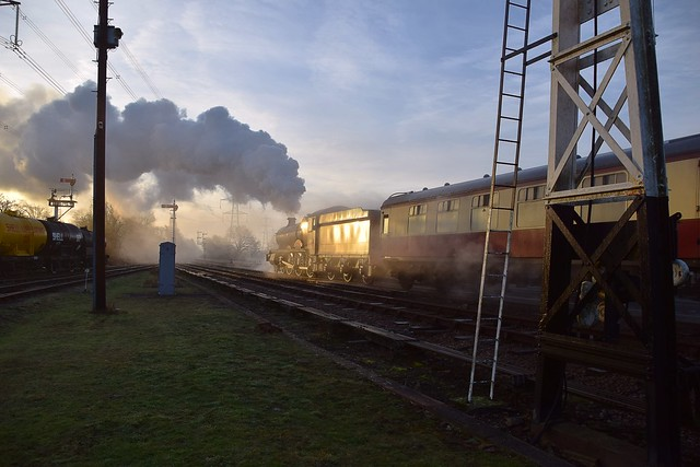 Locomotive No.4953 'Pitchford Hall' makes an early morning pass through Swithland, with the Blood & Custard rake of carriages. Great Central Railway. 05 02 2020