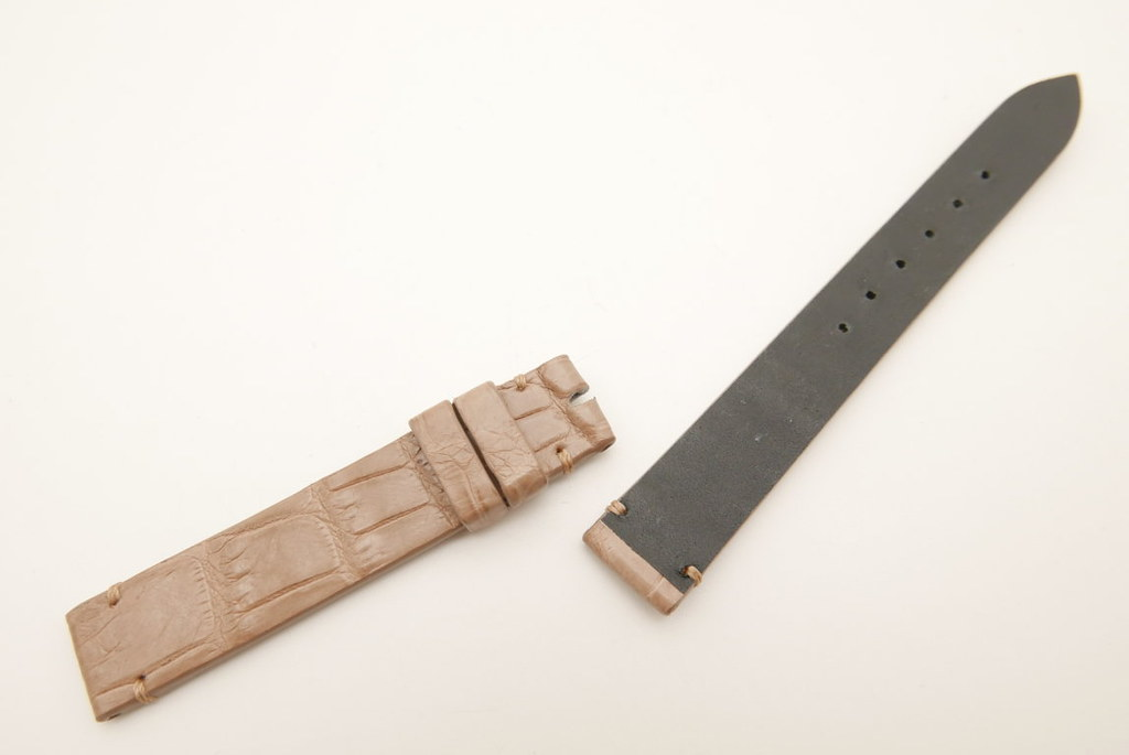 P1690582 (FILEminimizer)   by Ziczac Leather