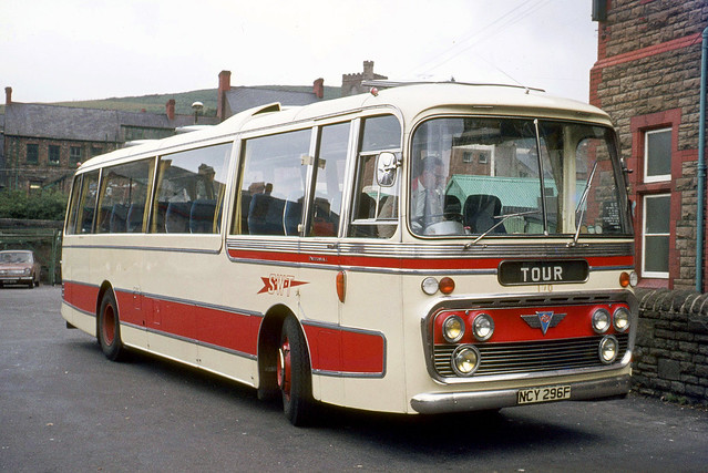 South Wales Transport . 170 NCY296F . Maesteg Bus Station , South Wales . Wednesday 01st-September-1971