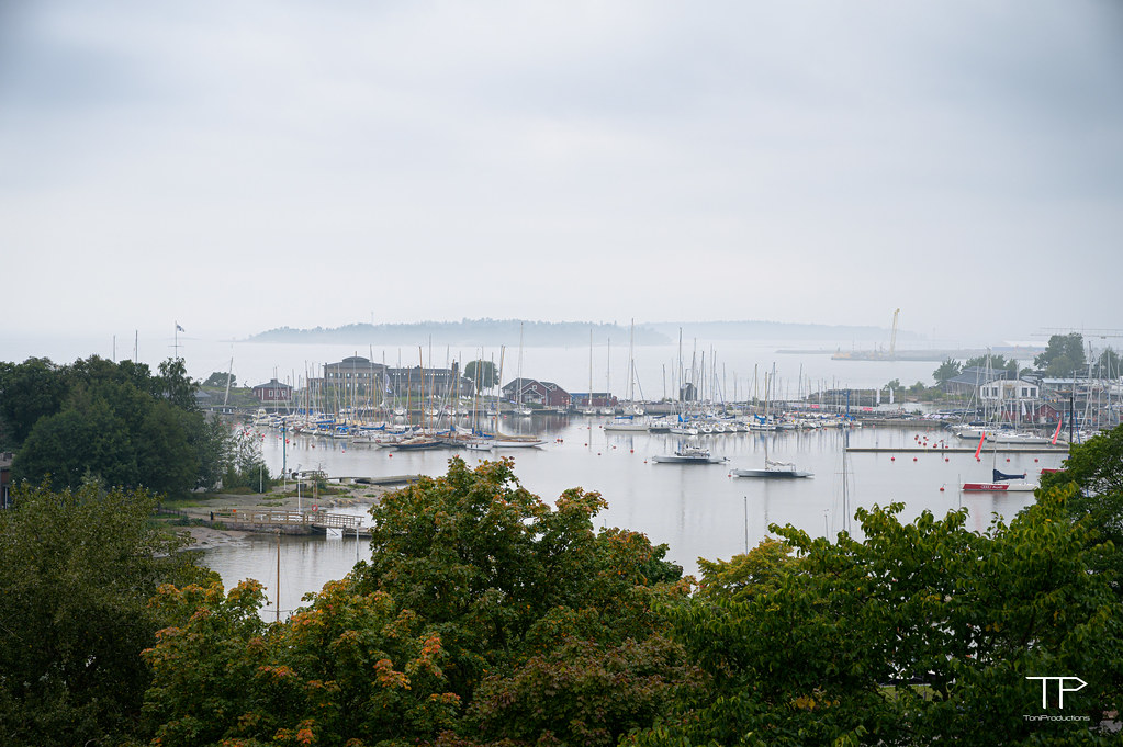 20-09-16 A view from Kaivopuisto
