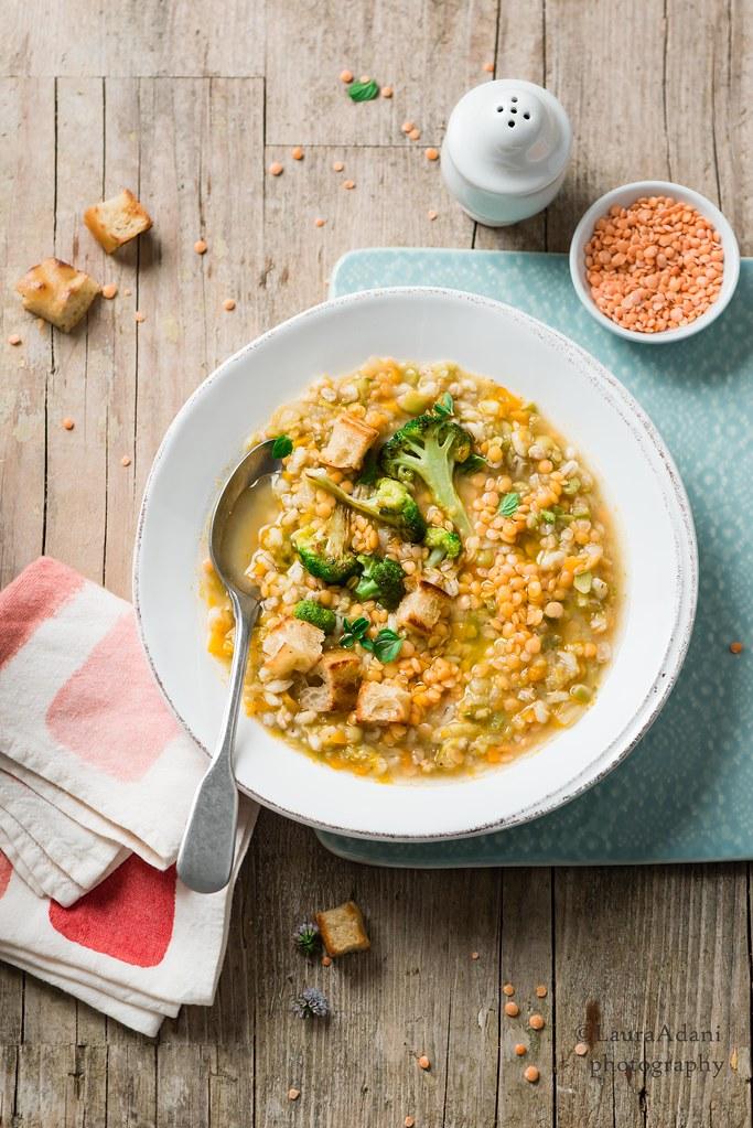 zuppa di orzo, lenticchie e broccoli - web-2752