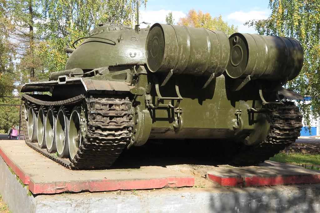 Танк Т-54 в Даровском 3