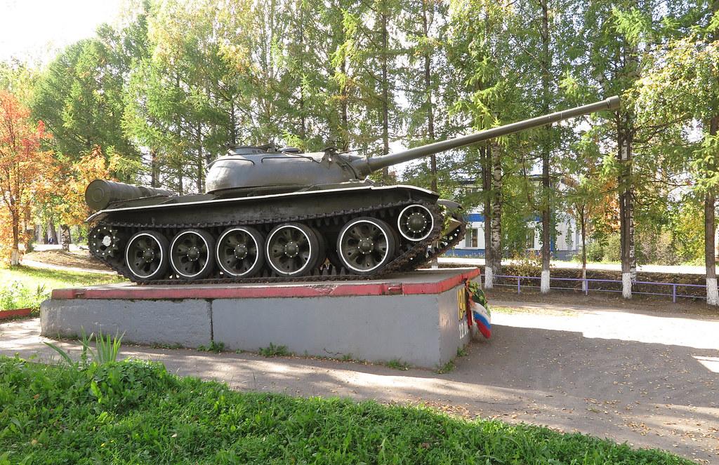 Танк Т-54 в Даровском 4