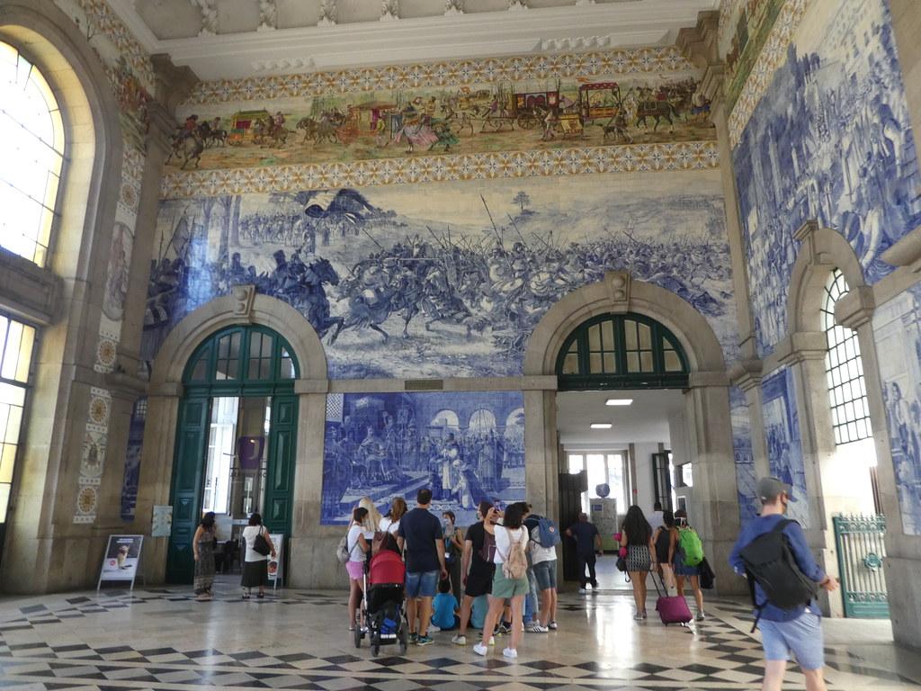 Sao Bento Station, Porto
