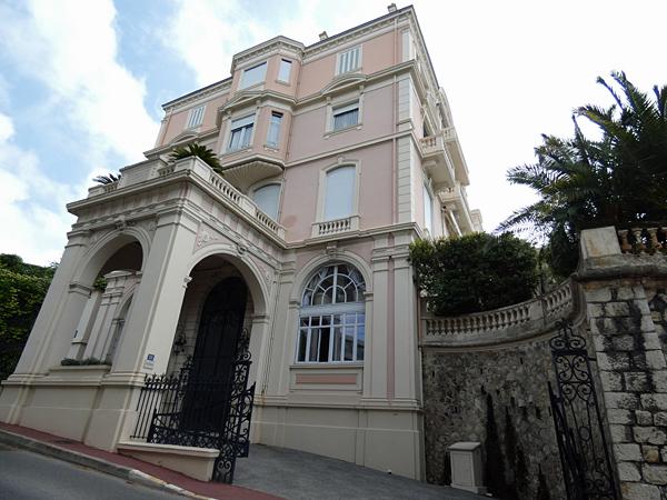 villa Kazbek 2