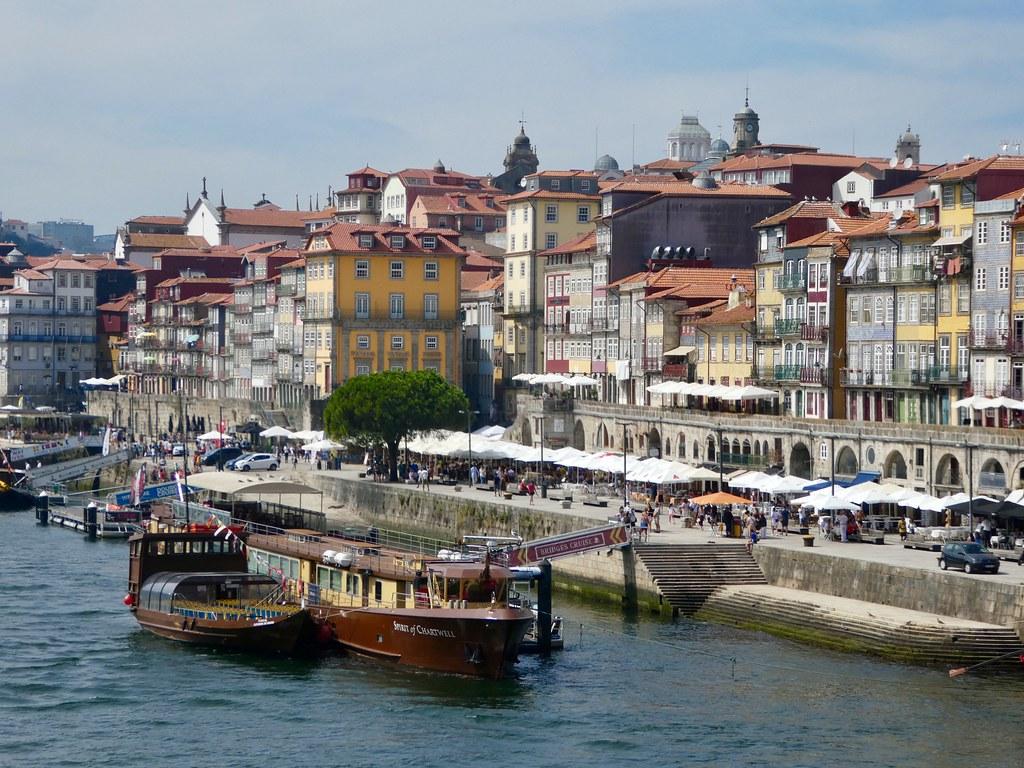 The north bank of the Douro RIver, Porto