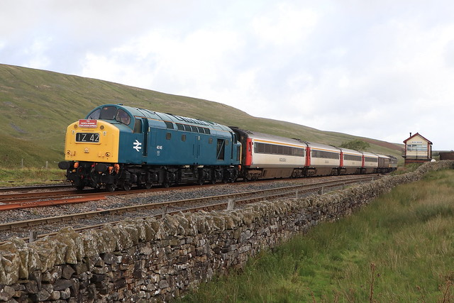 40145 & 'The Staycation Express' at Blea Moor