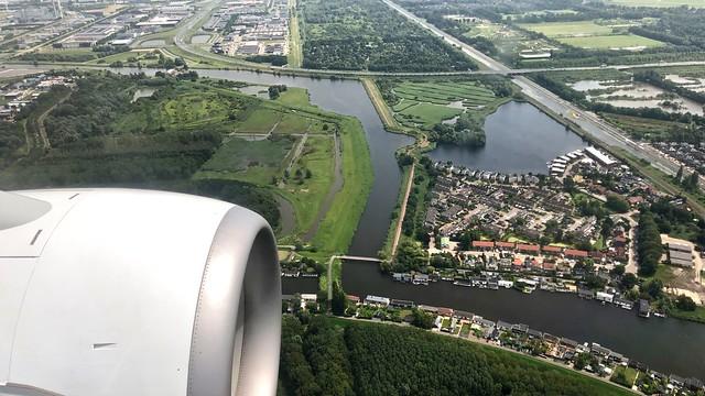 KL 1846 ready for landing / Hoofddorp