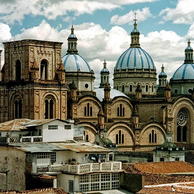 Cuenca - New Cathedral - Ecuador 1995