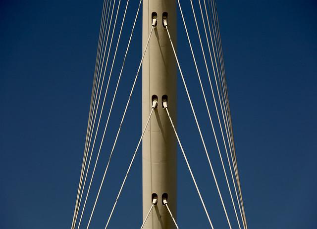 'The Harp' bridge   Detail