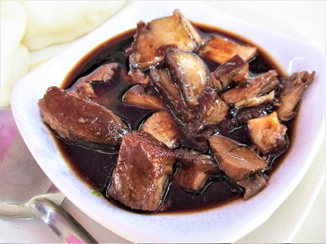 23 FOOD COURT stewed pork