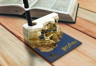 好想快撕完~《哈利波特》OMOSHIROI BLOCK「霍格華茲城堡」紙雕便條紙限量推出!