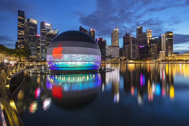 Blue Hour Reflections of Apple Store in Marina Bay [In Explore 23Sept2020]