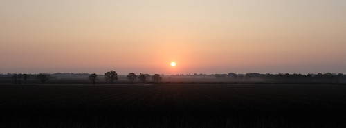 england sun sunrise unitedkingdom toft morning mist cambridgeshire