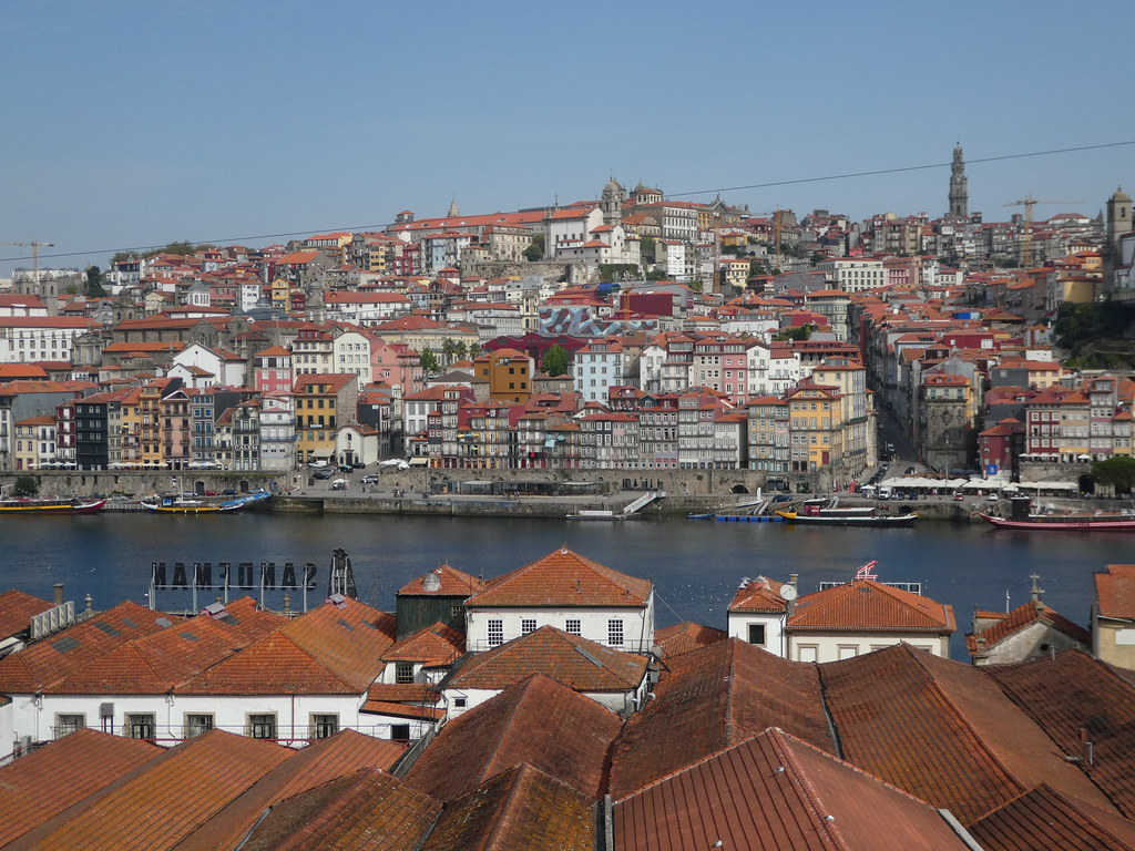 Views of Porto from the south bank