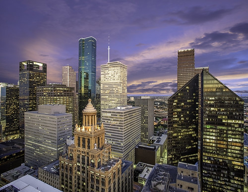 centerpointenergyplaza harriscounty houston pennzoilplace texas us usa unitedstates wellsfargoplaza architecture buildings cityscape colorful downtown esperson exterior fineartphotography image lights officelights panorama pennzoil photo photograph photography skyline skyscrapers sunrise f56 mabrycampbell september 2014 september112014 20140911h6a8385pano 24mm 20sec iso100 tse24mmf35l