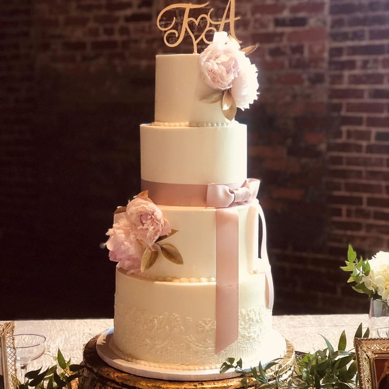 Cake by Midtown Cakes