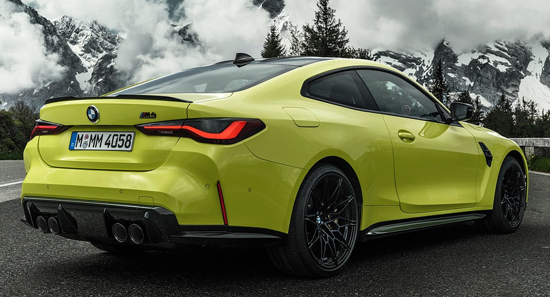 2021-BMW-M3-And-M4-33