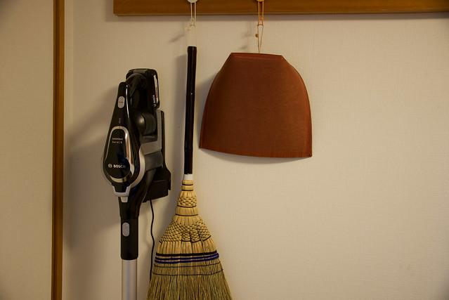 掃除機と箒