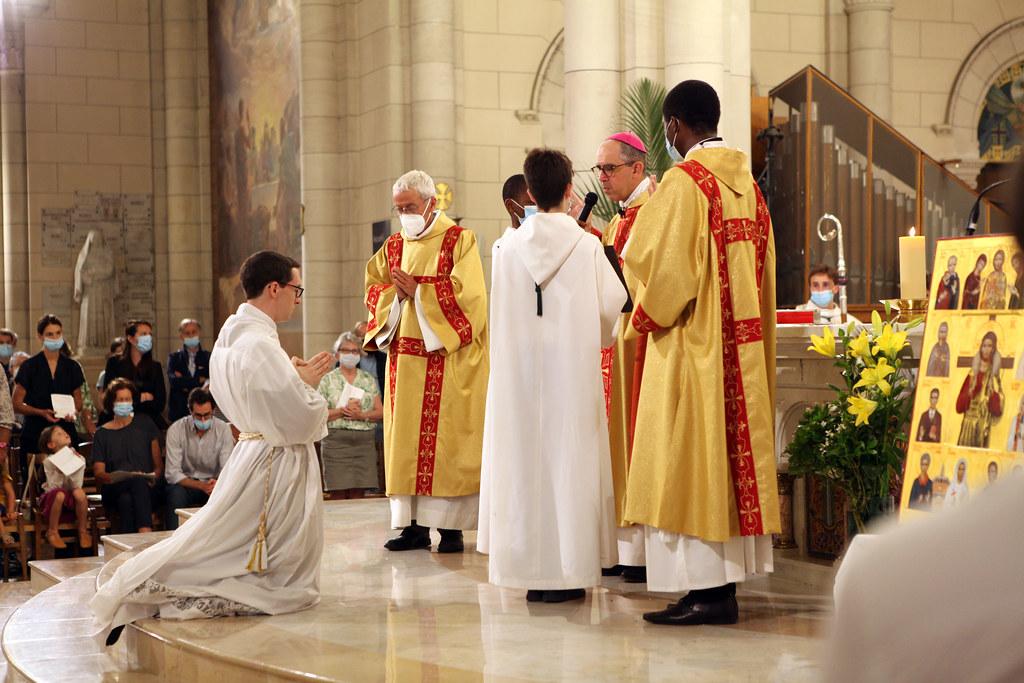 Ordination diaconale en vue du sacredoce de Clément Ryder - 20200919 © Antoine Muller (156)