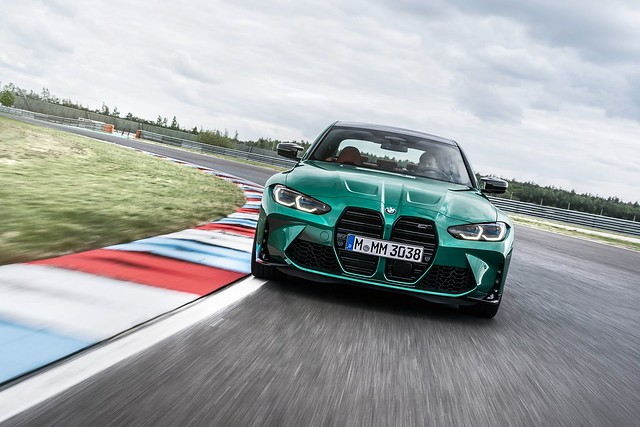 2021-BMW-M3-And-M4-90
