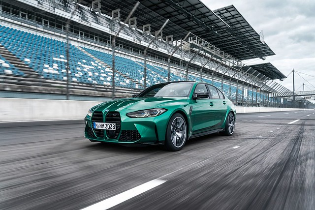 2021-BMW-M3-And-M4-91