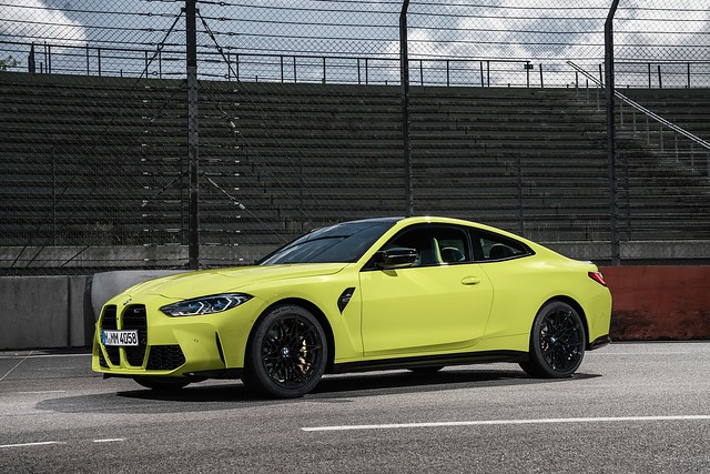 2021-BMW-M3-And-M4-55