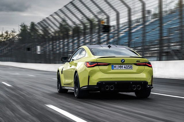 2021-BMW-M3-And-M4-51