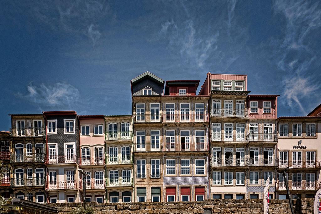 Cais da Estiva, Barrio da Ribeira, Porto (Portugal)