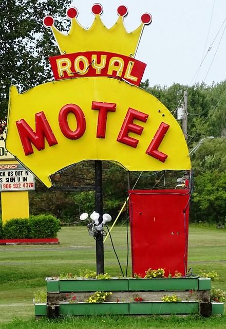 MI, Ironwood-U.S. 2 Royal Motel Sign