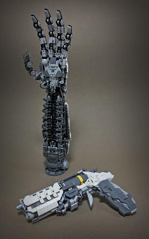 LEGO ROBOT ARMS-01