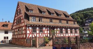 Heiligkreuzsteinach Fachwerkhaus