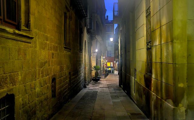 Baixada de Sant Miquel - nightfall