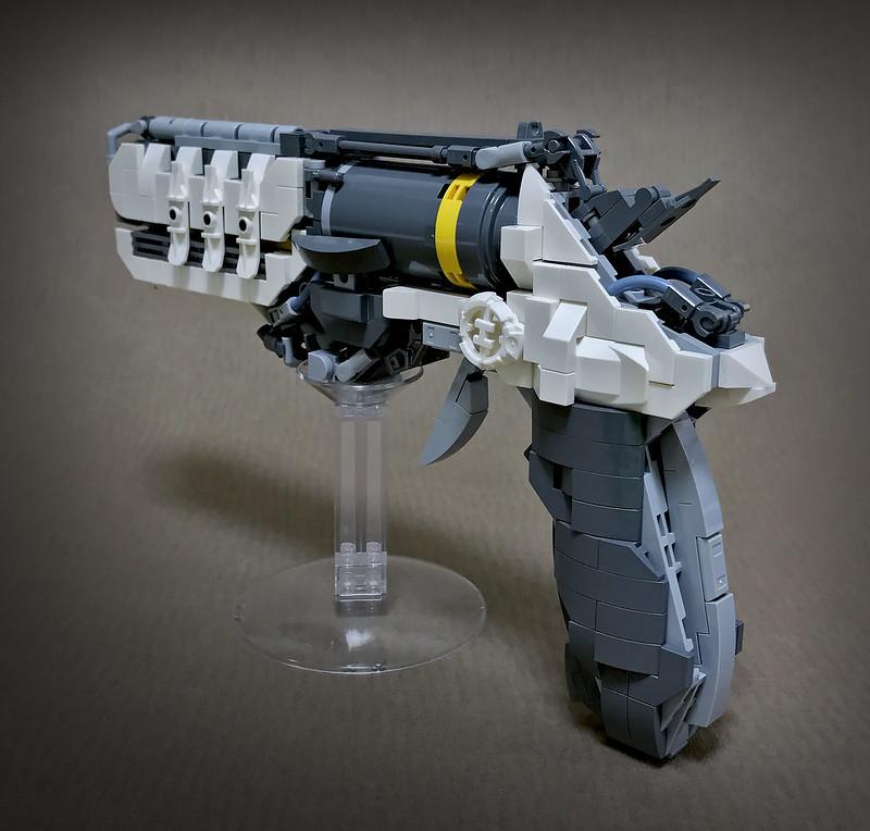 LEGO ROBOT ARMS-28