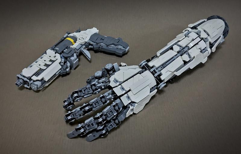 LEGO ROBOT ARMS-24