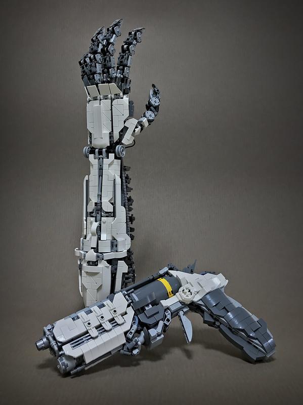LEGO ROBOT ARMS-02