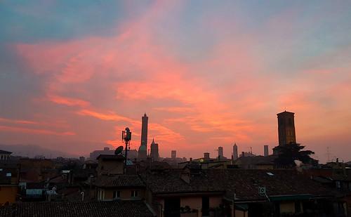 2020 anno bologna cidade città city ciudad luoghi puestadesol pôrdosol sunset tramonti ufficio 市 日落