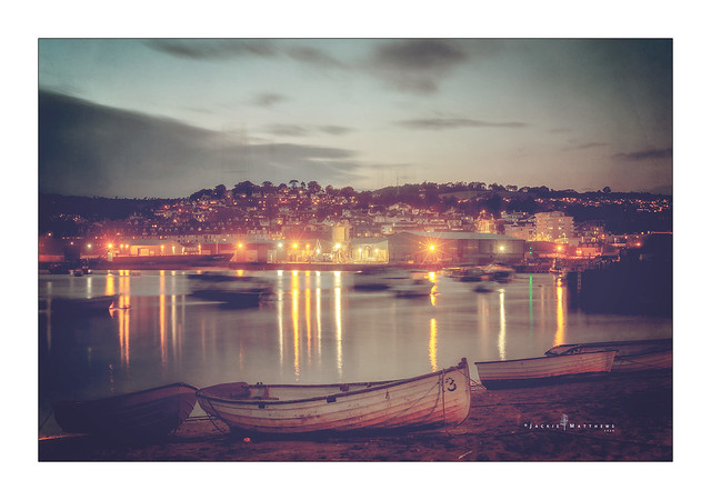 Teignmouth harbour ...